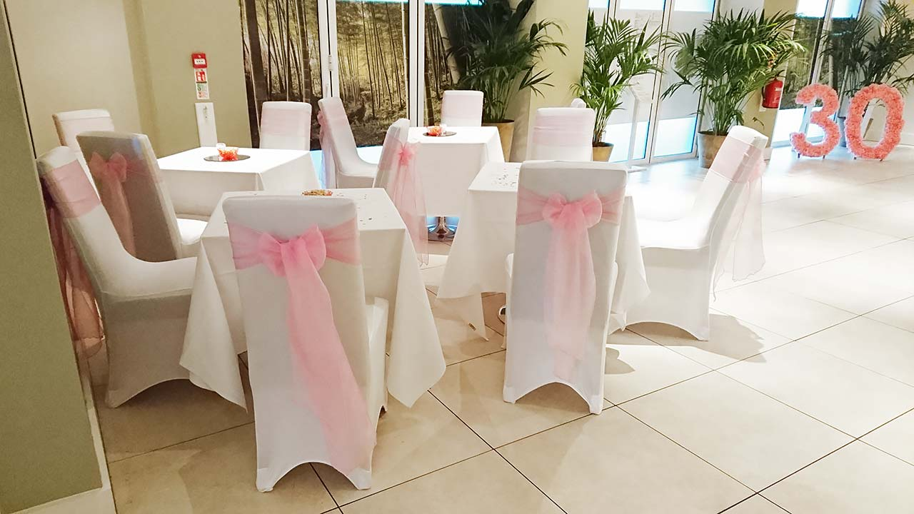 Stylish Seating 30th Birthday Party October 2016