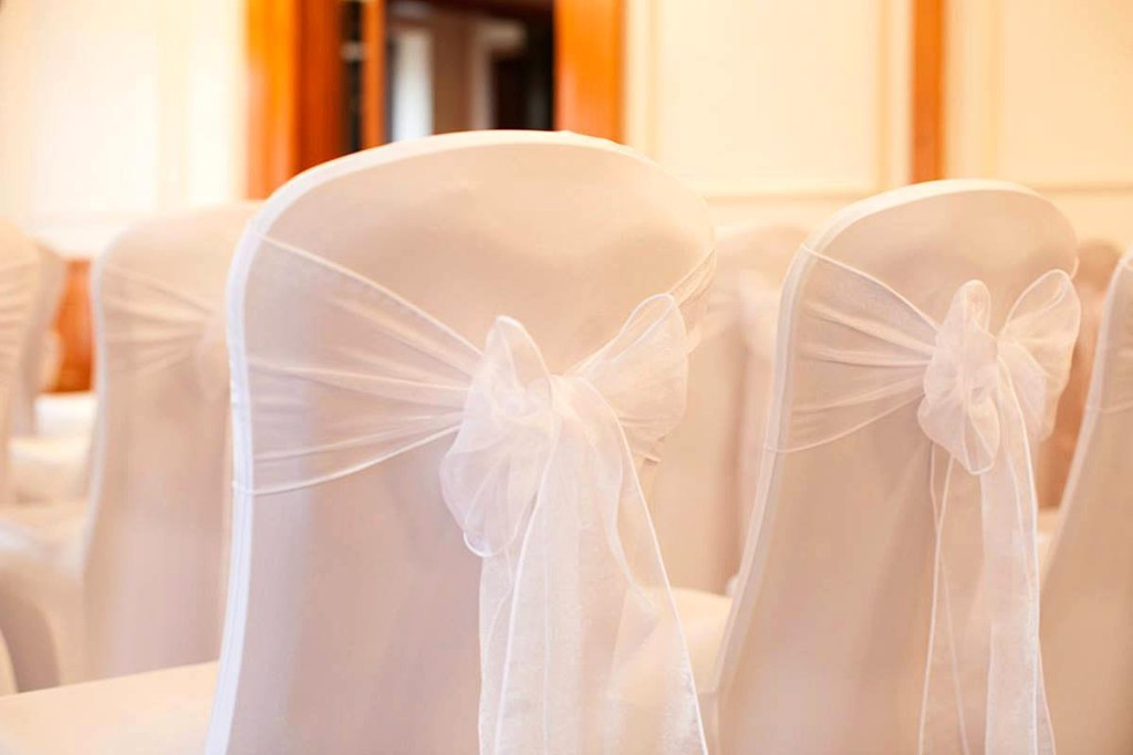 Stylish Seating Wedding 2015. © David Christopher Photography
