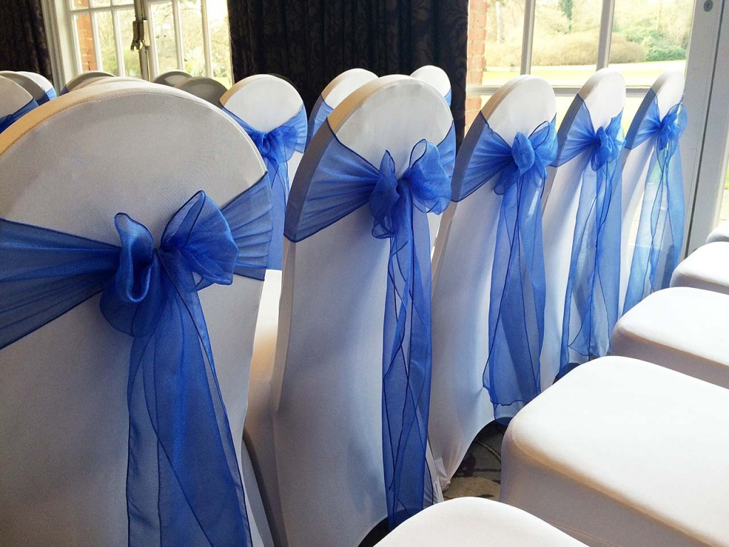 Stylish Seating Christmas Wedding 2015